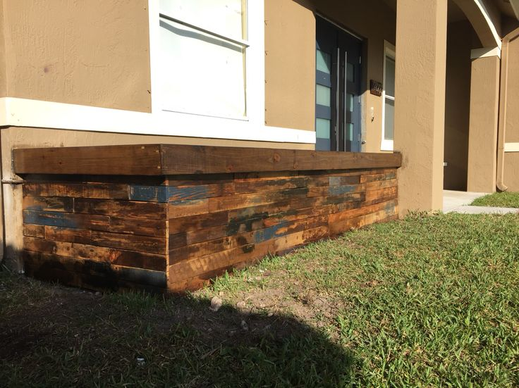 Wall planter wrapped in reclaimed wood pallets! - 100+ Ideas To Try About M&M Wood Works Patio Umbrellas, 4). And