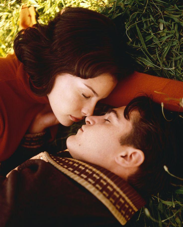 Liv Tyler & Joaquin Phoenix