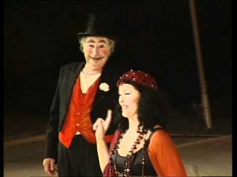 ΕΚΚΛΗΣΙΑΖΟΥΣΕΣ (1998) Αμφι-Θέατρο