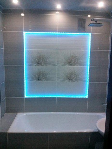 Ванная: ремонт со светодиодной подсветкой панно сделал муж-плиточник
