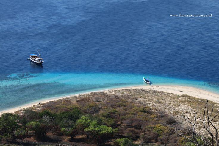 Boat trip to Sabolon island,Labuan bajo