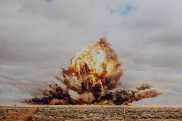 36000 lb explosion at Woomera test range.