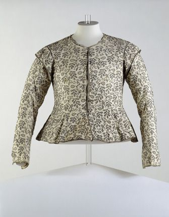 Woman's close-fitting long sleeved jacket, front view: 1610-1620
