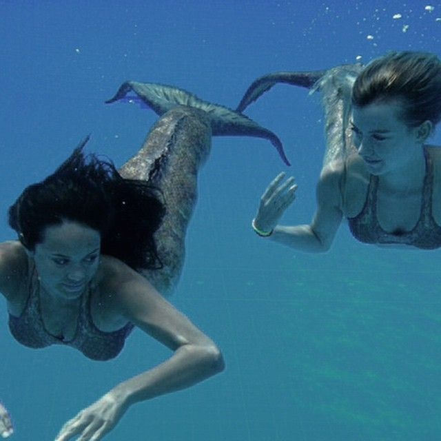 Mako Mermaids - Season 3 behind the scenes with Allie and Isabel