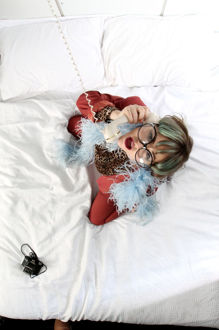 #InStyleBAFTA Bed Booth — Jaime Winstone - In Bed With The Stars At The #InStyleBAFTA Party... http://po.st/bxFf2M