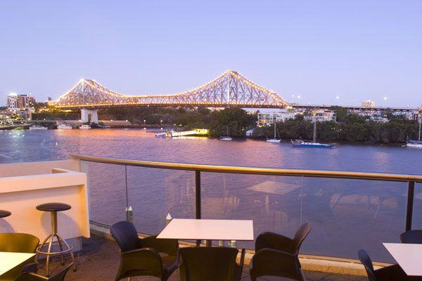 Fridays - Riverside Brisbane  Restaurant, Bar, club