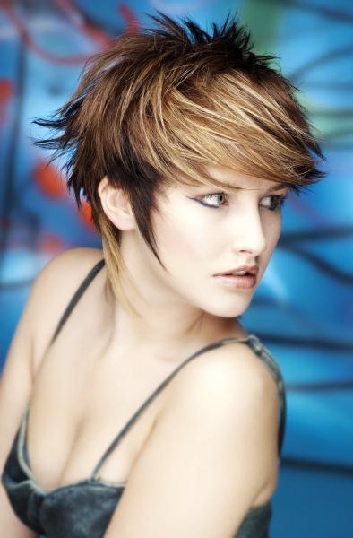Short hairstyle ideas (janelistyle.com) - Magazine cover