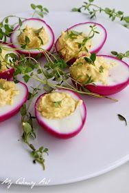 Bardzo kreatywny sposób zaserwowania wielkanocnych jajek :) Pomysł znalazłam na stronie ' Małe Kulinaria '. Zapraszam do przygotowań!      ...