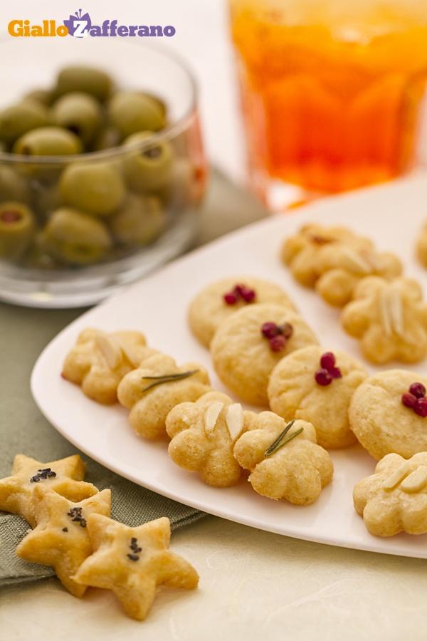 GALLETAS SALADAS  DE QUESO PARMESANO   - Frollini parmigiano