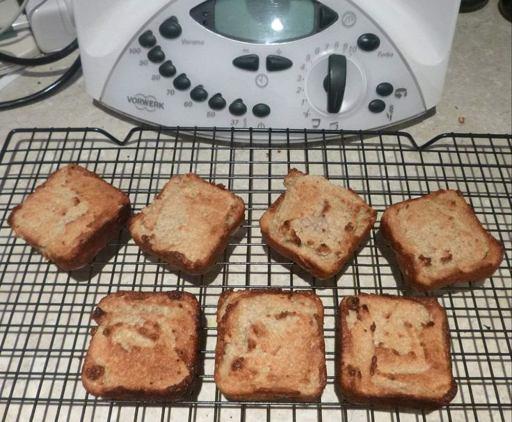 Recipe Banana breakfast bars by MelT my Thermie - Recipe of category Breads & rolls