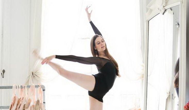 Если вам не по нраву беговая дорожка или диеты, попробуйте балет! Можно купить официальный абонемент на онлайн-занятия или смотреть видео-занятия на YouTube. Читайте в статье более подробную информацию об этом интенсивном спорте (проверено лично... минус 6 кг. )