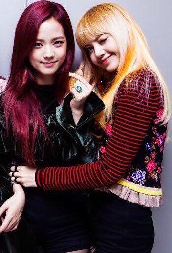Jisoo & Lisa ❤