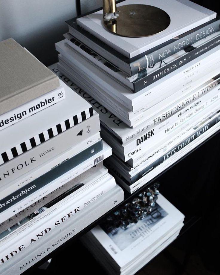 Book stack goals via @mikkeldahlstroem✖