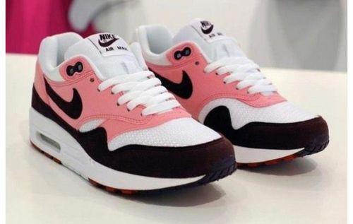 Imagen de nike, pink, and shoes
