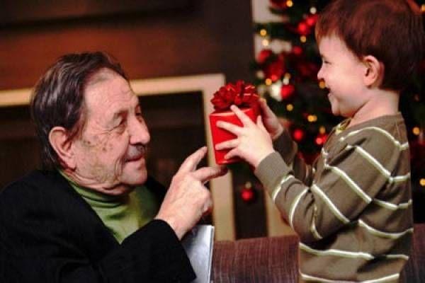 Mal de Alzheimer: brindan recomendaciones para las fiestas