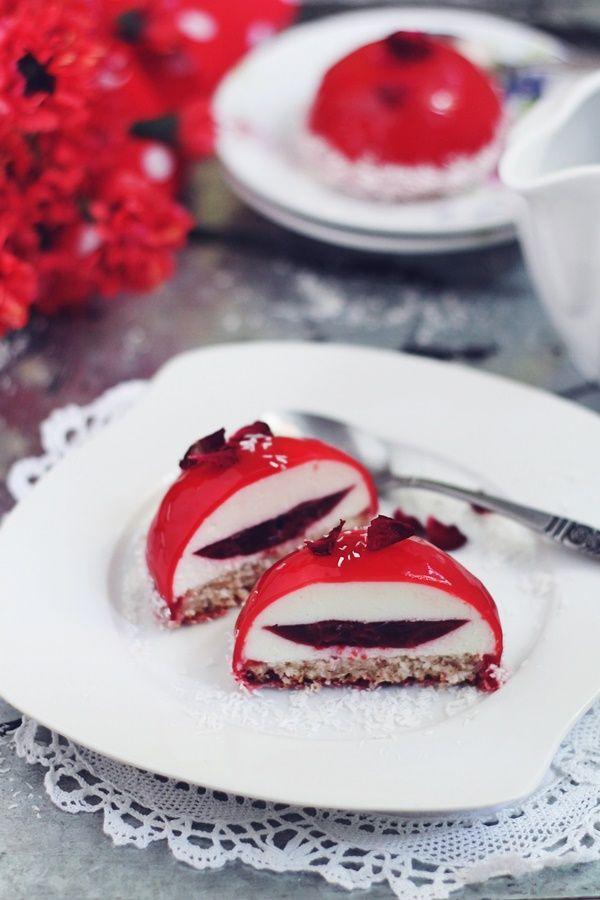 Cherry Dome entremets/ Mini cupole cu mousse de iaurt si cirese | Pasiune pentru bucatarie