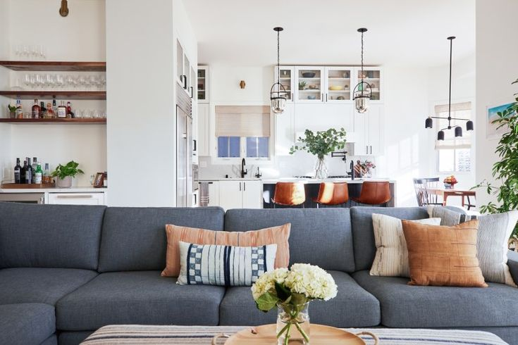 Tour A Modern Manhattan Beach Home With A Lot Of Love For Accent