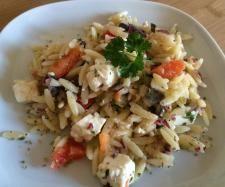 Rezept Risoni-Salat mit Feta & Oliven (Finessen 03/2014) von xxTatixx - Rezept der Kategorie Vorspeisen/Salate