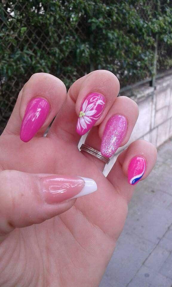 Fucsia french bianco fiori rosa glitter