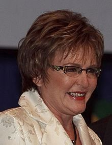 Helen Zille: Get your grubby paws away from SARS, Mr President