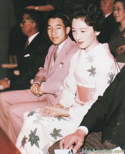 天皇陛下皇と后美智子様