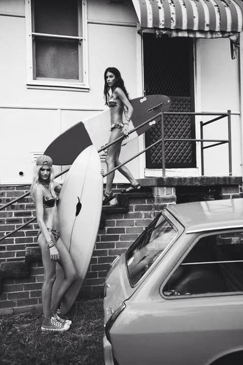 surfer girls
