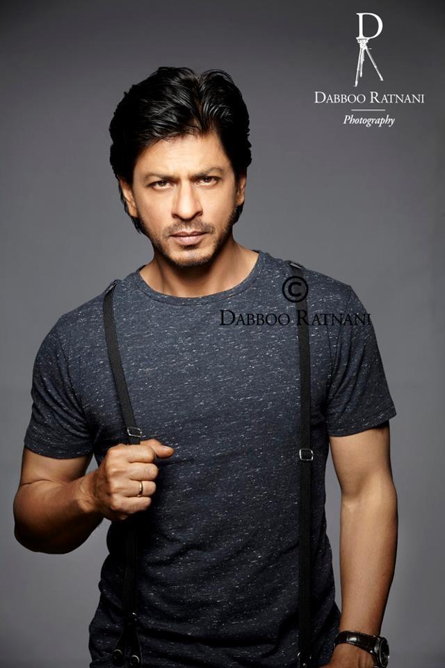 Shah Rukh Khan (Dabboo Ratnani) - the most perfect hands.