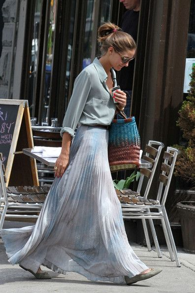 Olivia Palermo, like the skirt (and the color)