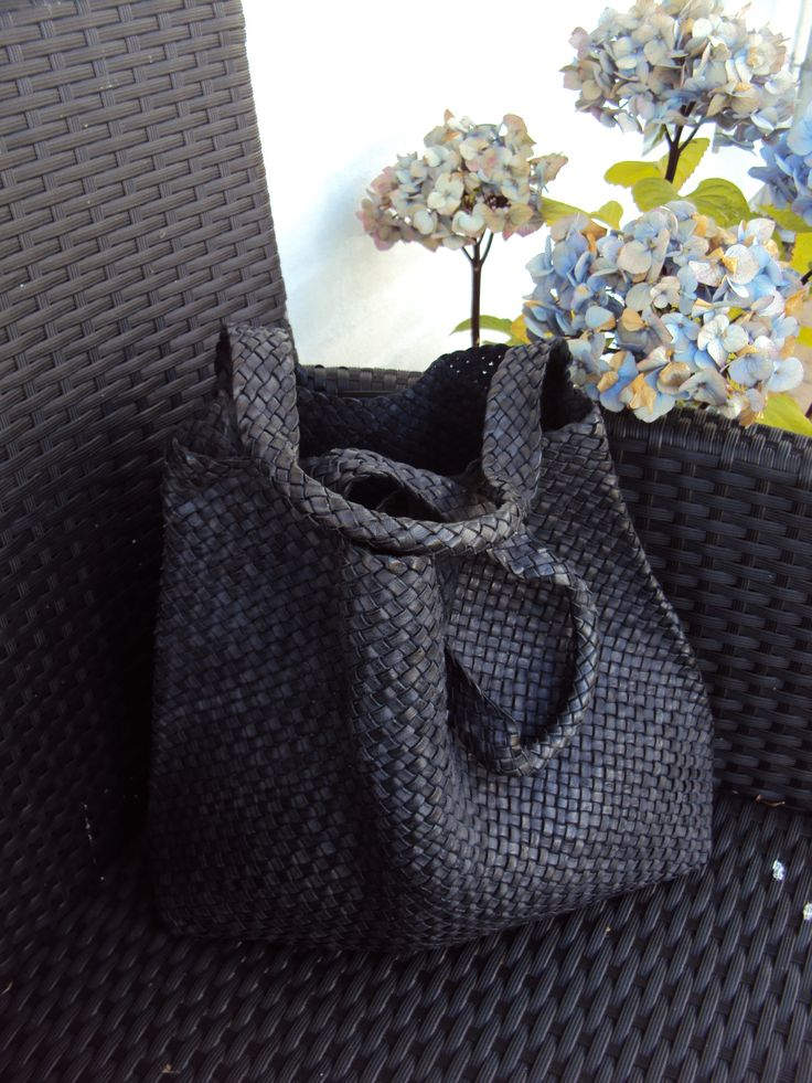 Naledi Copenhagen Braided washed leather shopper, Charcoal