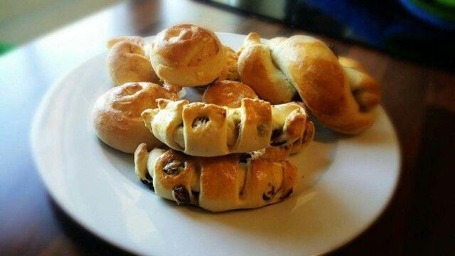 ขนมปังใส้ลูกเกด