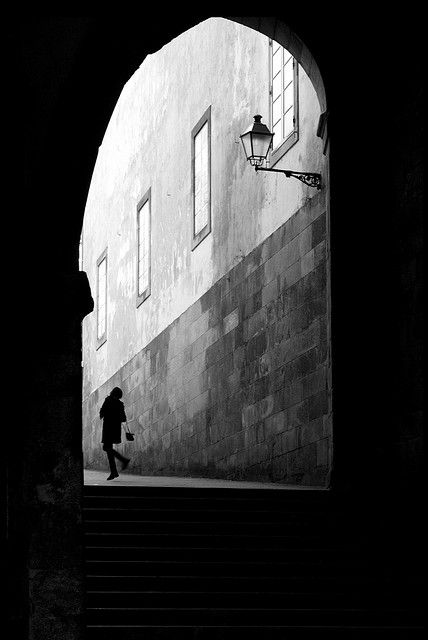 Creative black and white street photography from Manuel Touza