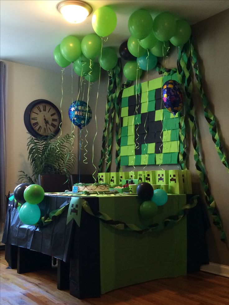 Minecraft party homemade party decorations