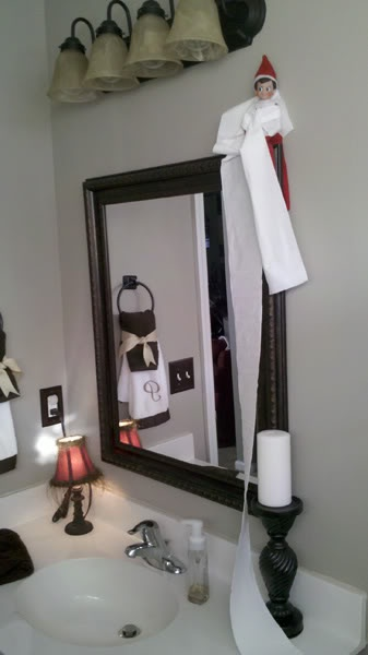 1000 images about elf on a shelf on pinterest toilets for Elf on the shelf bathroom ideas