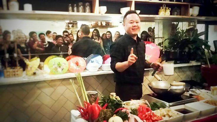 Video from Chef Jet Tila on how to break down a whole chicken.  Team Tila Kitchen Clinic: Chicken Autopsy
