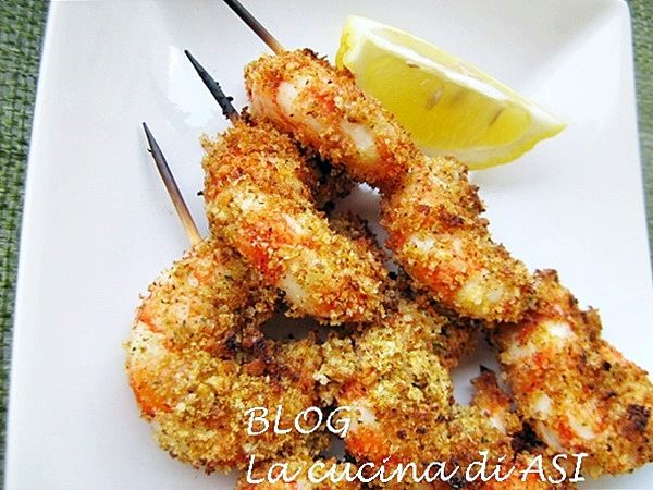 Il pesce è un alimento sano e buono ed i crostacei sono per me tra quelli che preferisco ..oggi ho preparato gli spiedini di gamberi al forno..buonissimi!!!