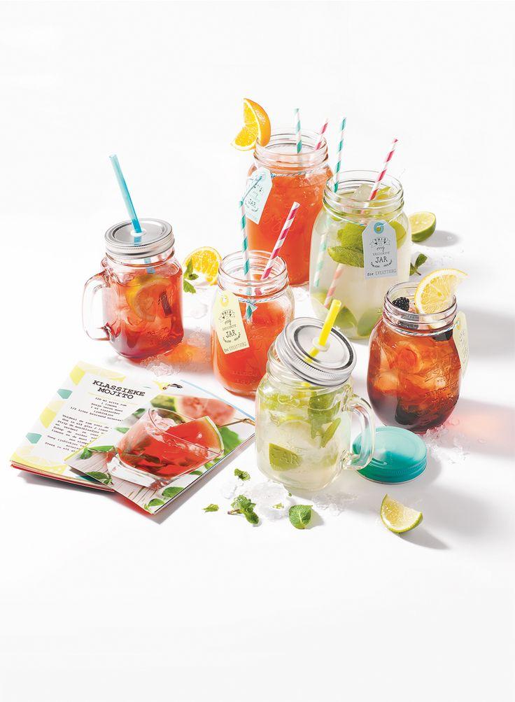 Als het aan ons nieuwe cocktail assortiment ligt wordt het een heel vrolijke zomer!