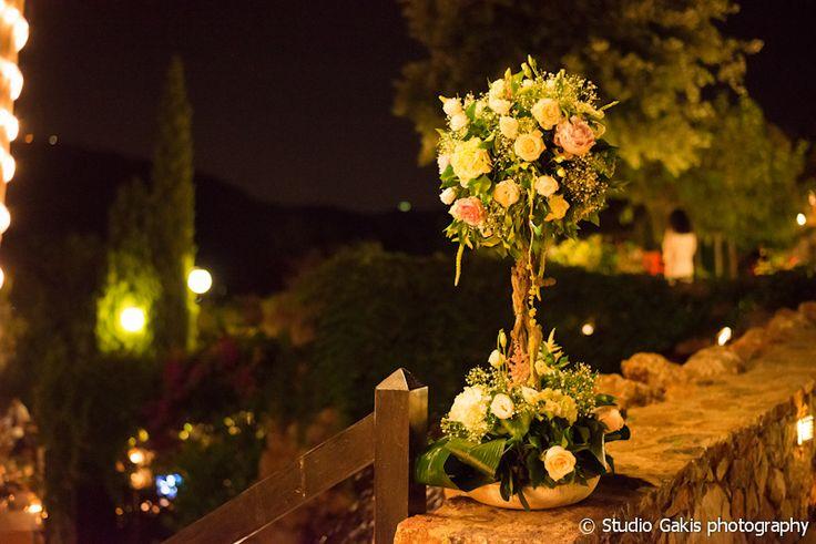 #decoration #flowers #summerwedding #greece #centerpieces #elegant #peonies garden #reception #weddingplanner #greekwedding #dreamsinstyle