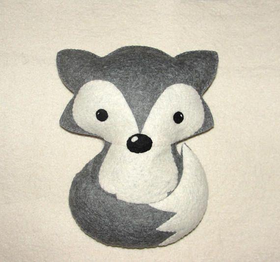 Wool Felt Fox Set of 2 for Sonia Morales
