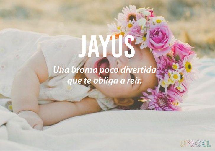 Jayus -  Una broma poco divertida que te obliga a reír.