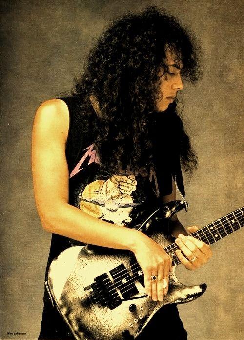 Kirk Hammett (San Francisco, 18 november 1962) is de sologitarist van de Amerikaanse thrashmetal-band Metallica. Hij werd wereldberoemd door zijn snelle explosieve solo's en het vele gebruik van de wah wah pedal in zijn solo's. Hammett schreef ook veel mee aan het repertoire van de band. Tevens produceerde hij ook nog de eerste demo van Death Angel.