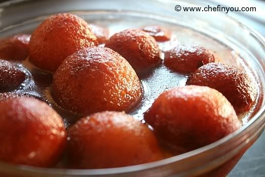 Gulab jamuns, my all time favourite indian sweet~