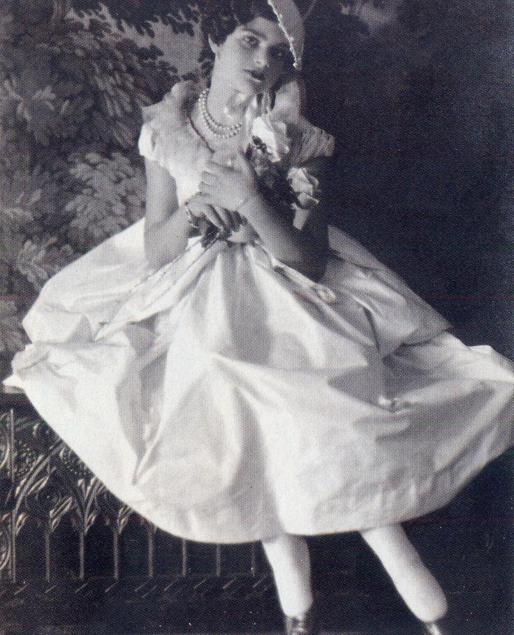 Melina Mercouri ~ Η Μελίνα Σε Σπάνιες Στιγμές.