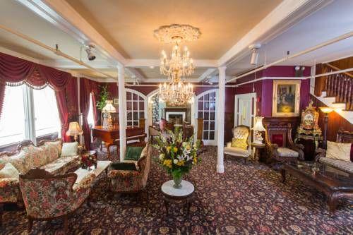 Queen Anne - Le Queen Anne est un boutique hôtel historique de style victorien situé à 1,6 km du centre commerçant animé d'Union Square, à San Francisco. Adresse Queen Anne: 1590 Sutter Street CA 94109 San Francisco (California)