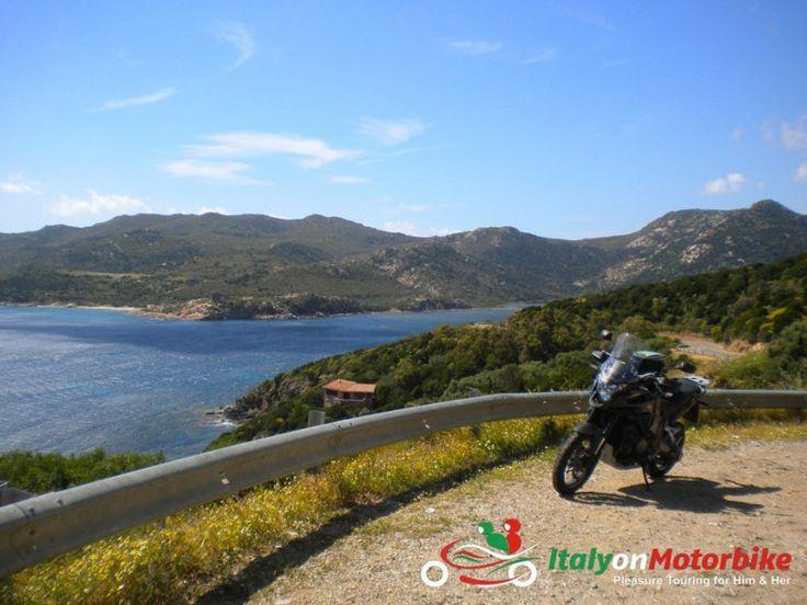 sea, turns, bike: paradise!
