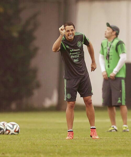 10+ images about Chicharito on Pinterest | Wayne rooney ...