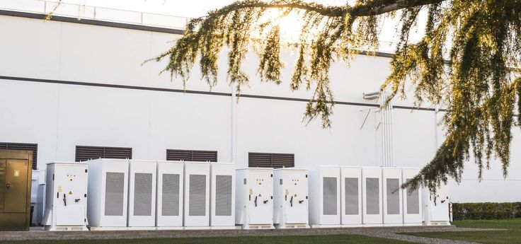 Tesla wins contract with major Australian electric grid to