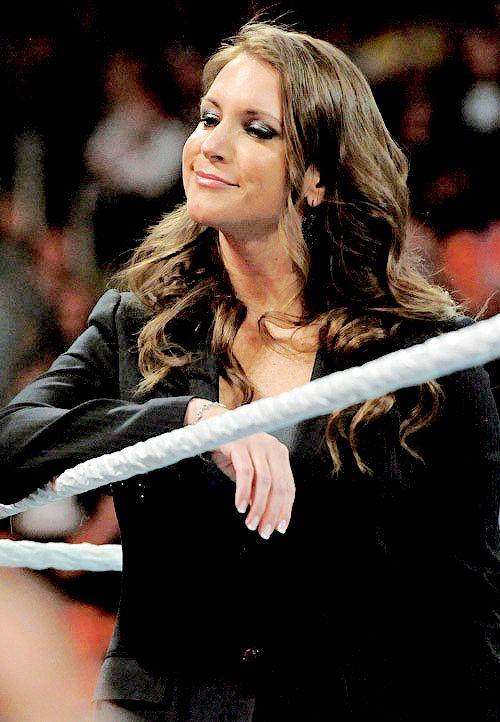 Stephanie McMahon nackt wwe divas