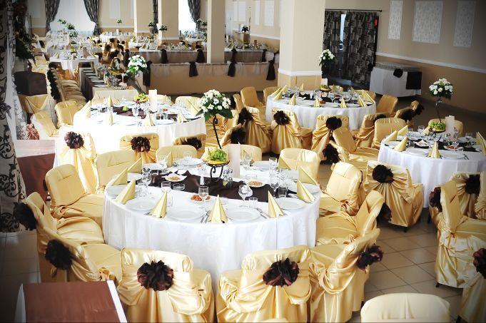 """Cu o experienta de peste 15 ani în organizarea nuntilor, """"Sala de nunti Pedagogic"""", din Cluj - Napoca, vine în întâmpinarea dumneavoastra cu un pachet bogat de servicii. Va oferim consiliere la tot ce presupune nunta dumneavoastra în cele mai mici detalii. Pentru ca dumneavoastra sa fiti pe deplin satisfacuti, de acest moment cu adevarat special din viata, nu ezitati sa ne contactati. Adrian Moldovan: 0740 243 747"""