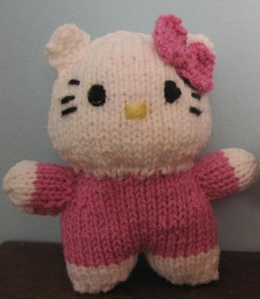 Knitting Pattern Hello Kitty : 17 Best images about Knitted ideas on Pinterest Free pattern, Dogs and pupp...