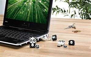 Essential tech to throw in the kids' backpacks | Emtec's Panda USB flash drives are a fun add-on; there are also other creatures available, including a dolphin, mouse and penguin.   (Photo: Emtec)